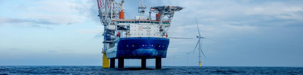 Offshore jack-up installatieschepen
